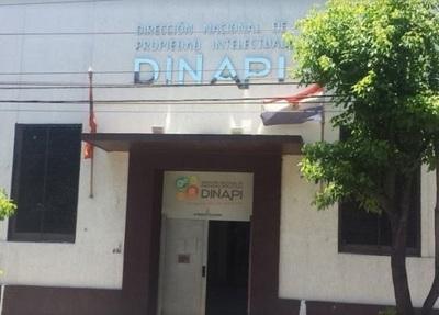 Ante sospechas de coronavirus, suspenden atención en Dinapi