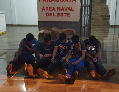 La Marina detuvo a cinco personas que intentaban ingresar desde el Brasil