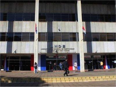ANDE pide suspender contratos en licitación de postes de hormigón