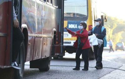 Supenderán transporte público al interior
