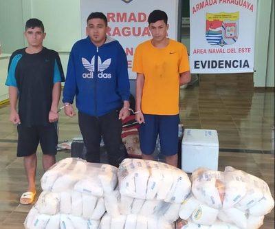 Armada Paraguaya aprehende a cuatro  contrabandistas e incautan mercaderías – Diario TNPRESS