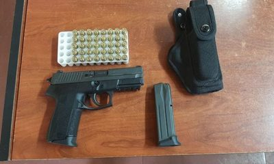 Incautan arma y municiones durante control policial