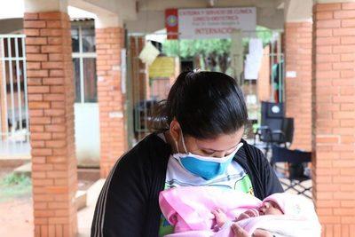 Alta tasa de embarazos no planificados y madres que dan a luz solas