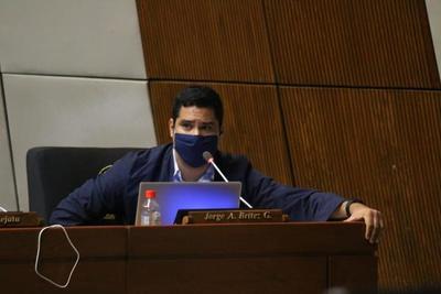 Diputado Britez defiendió labor del intendente Prieto