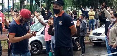 Diputado Basilio Núñez denuncia que funcionario de comuna esteña organiza manifestación en plena cuarentena