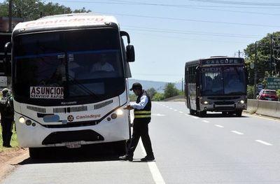Ciertos municipios se resisten a restablecimiento de viajes de larga distancia