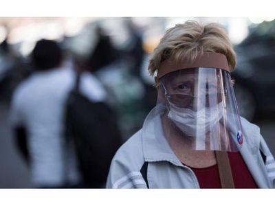 Chile registra otro récord de muertos y Santiago se encierra