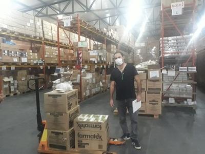 Distribuyen mascarillas en regiones y USF del país