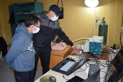 Técnicos de la Entidad Binacional Yacyretá avanzan en la fabricación de un prototipo de respirador