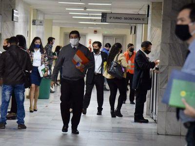 Gremio de abogados pide a Corte no cobrar traslado de expedientes laborales