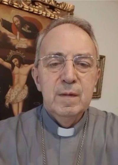 Internan a monseñor Guillermo Steckling