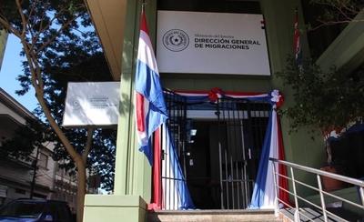 HOY / Sede Central de Migraciones reabrió sus puertas para tramitación de documentos