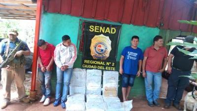 Cinco detenidos con 300 kilos de hierba en FRANCO.