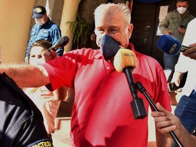 Por cumplir pena mínima, liberan a Ramón González Daher y a su hijo