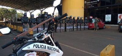 Comerciantes brasileros se manifestaron pidiendo la reapertura de frontera en Foz de Yguazú