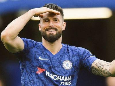 El Chelsea extiende un año más el contrato de Giroud
