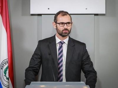 Instituciones públicas tienen obligación de exigir a empresa proveedora que explique 'observaciones', afirma titular de Contrataciones Públicas