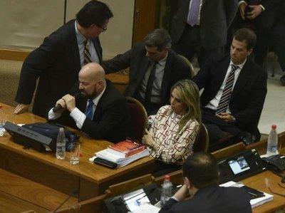 García renunció antes de voto