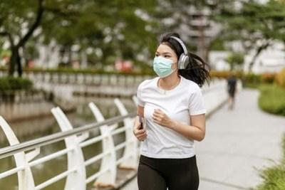 COVID-19: Recomiendan realizar ejercicio físico para reducir la gravedad de la enfermedad en caso de contraerla