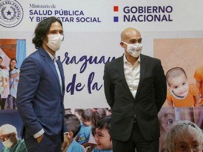 Roque Santa Cruz explica su vínculo con la fabricación de tapabocas para Salud