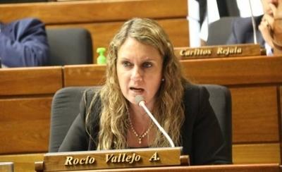 HOY / Diputada pide sumariar a funcionarios de Salud tras lapidario informe de Contraloría