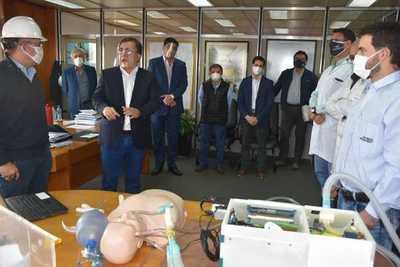 EBY: técnicos ultiman respirador casi 10 veces más barato que en el mercado