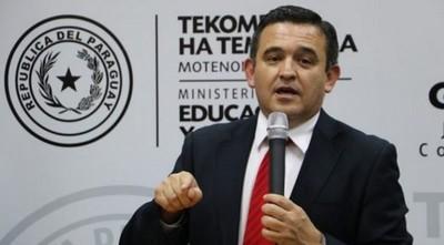 """Senado aprobó el """"voto censura"""" al ministro de Educación"""