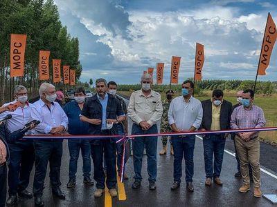 Gobierno inauguró ruta de G. 18.079 millones que conecta las localidades de Iturbe y Maciel