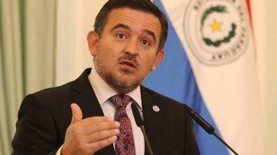 Senado aprueba voto censura a Petta y recomiendan su remoción