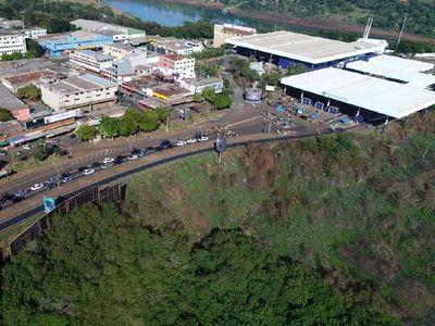 Aguda crisis económica golpea a pobladores de CDE y Foz de Yguazú