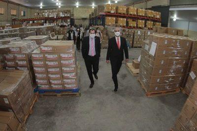 Gobierno rescinde contrato por completo tras compra de insumos médicos