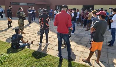 Medio centenar de paraguayos retornaron a sus casas tras cuarentena