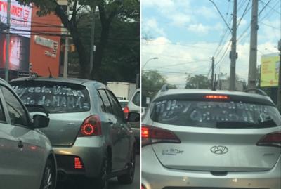 ¡Syichagua ndaipori! Pintaron sus vehículos para celebrar la última quimio de su mamá