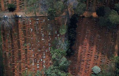 Miles de fosas en el cementerio más grande de Brasil