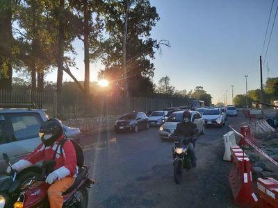 Tráfico pesado en accesos a Asunción con arranque de la fase 2