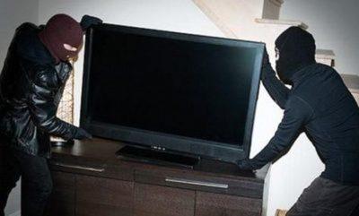Roban televisor de una parada de taxis – Prensa 5
