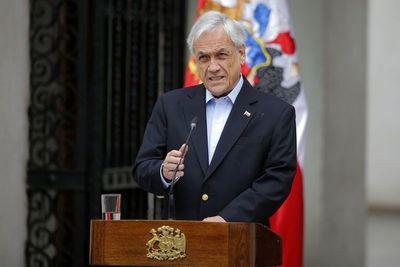 Nueva ley en Chile rebaja sueldos a presidente, parlamentarios y ministros