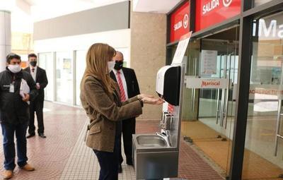 Realizan controles en los shoppings para verificar si cumplen las medidas sanitarias