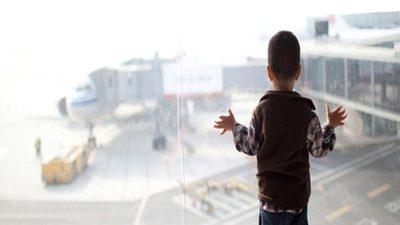 Acciones a favor de niños y adolescentes que retornan al país