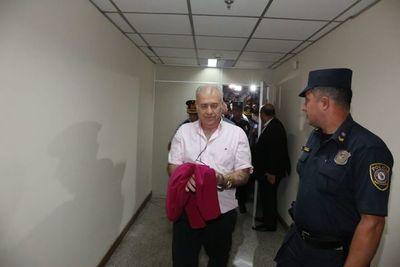 Levantan embargo de bienes de Ramón González Daher y su hijo