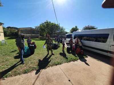 Más de 40 compatriotas abandonan albergue tras dar negativo al COVID-19