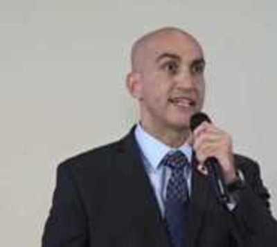 Mazzoleni anuncia sumario para 7 funcionarios