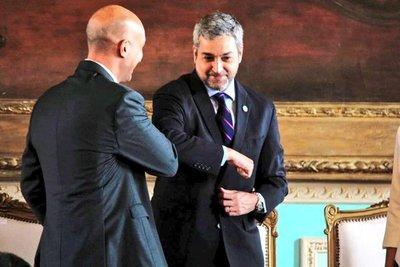 Mario Abdo y el mensaje de apoyo para Julio Mazzoleni