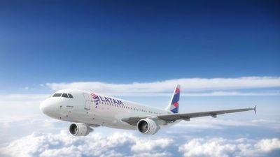 Aerolínea LATAM pide acogerse a ley de bancarrota en Estados Unidos