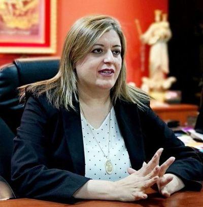 Kattya González: Bancada colorada plantea tratar ya mañana el juicio político y salvar a Sandra Quiñónez