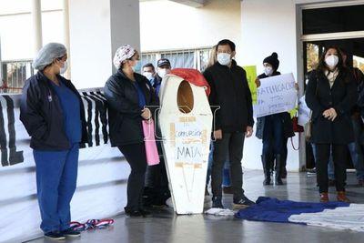 Trabajadores de Clínicas se movilizan para exigir que se deje de lucrar con la salud