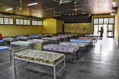 1.200 paraguayos por día piden volver al país