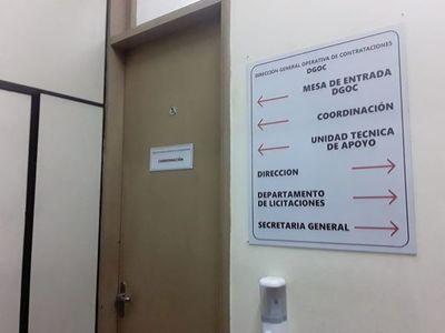 Fiscales se constituyen en oficinas del Ministerio de Salud