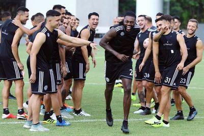¿Quiénes son los jugadores que ya solicitaron entrenar en la Villa?