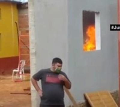 Fiscalía interviene quema de colchones en albergue